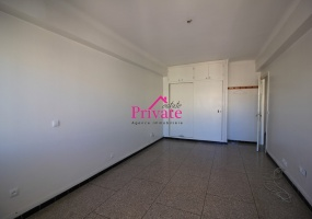Location,Appartement 150 m² QUARTIER WILAYA,Tanger,Ref: LA498 4 Bedrooms Bedrooms,2 BathroomsBathrooms,Appartement,QUARTIER WILAYA,1701