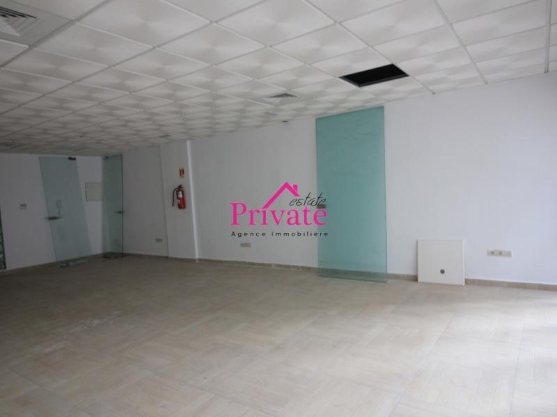 Location,Bureau 60 m² ,Tanger,Ref: LZ519 ,Bureau,1730