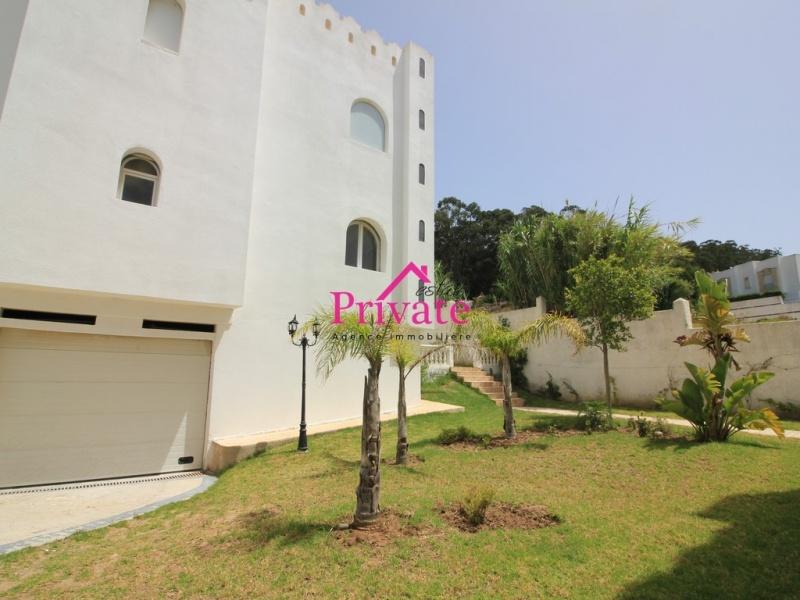 Location,Appartement 135 m² JBEL KBIR,Tanger,Ref: LZ542 3 Bedrooms Bedrooms,2 BathroomsBathrooms,Appartement,JBEL KBIR,1769