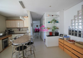 Vente,Appartement 177 m² PLACE MOZART,Tanger,Ref: VA254 3 Bedrooms Bedrooms,2 BathroomsBathrooms,Appartement,PLACE MOZART,1774