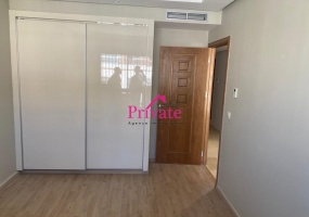 Location,Appartement 160 m² QUARTIER ADMINISTRATIF ,Tanger,Ref: LA556 3 Bedrooms Bedrooms,2 BathroomsBathrooms,Appartement,QUARTIER ADMINISTRATIF ,1795