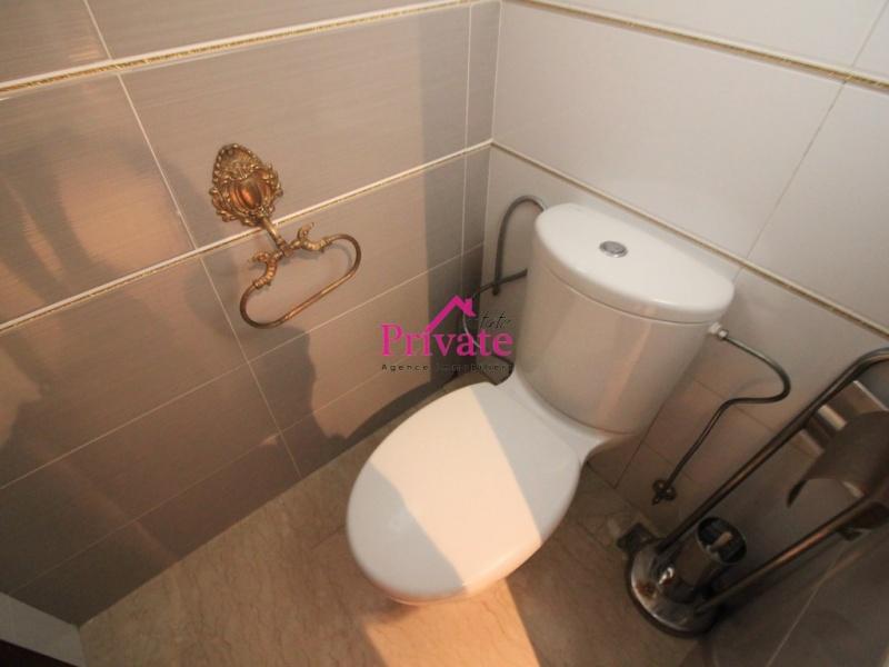 Vente,Appartement 304 m² ,Tanger,Ref: VA270 3 Bedrooms Bedrooms,2 BathroomsBathrooms,Appartement,1818