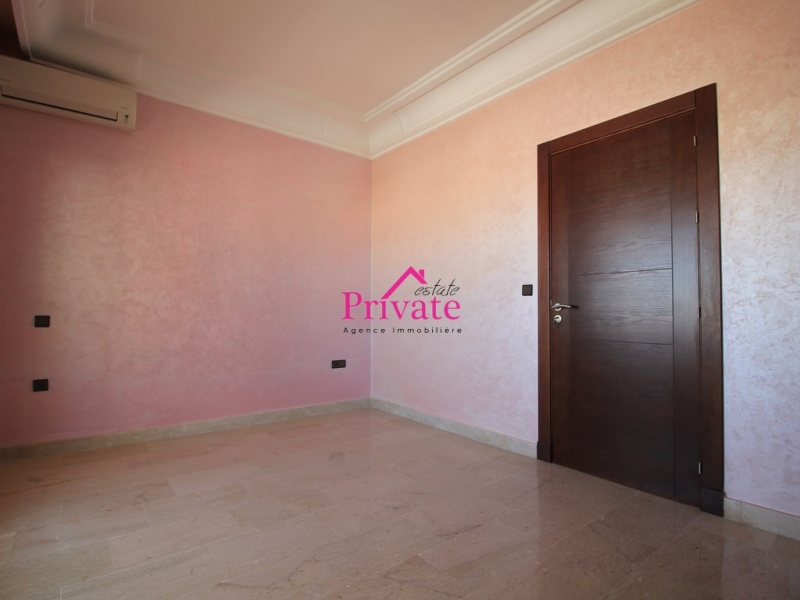 Location,Appartement 120 m² ,Tanger,Ref: LG563 2 Bedrooms Bedrooms,2 BathroomsBathrooms,Appartement,1826