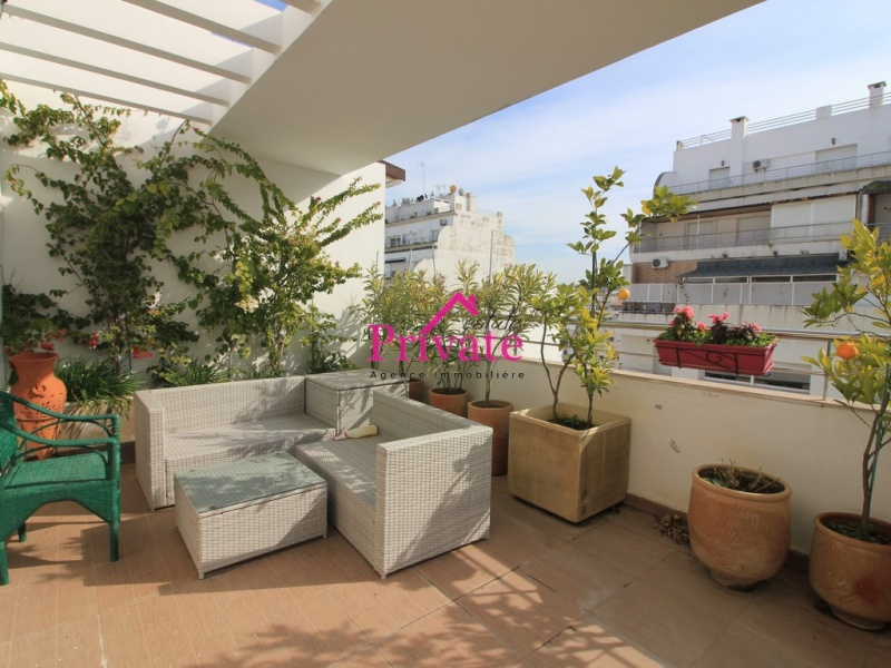 Vente,Appartement 213 m² PLACE MOZART,Tanger,Ref: VA288 3 Bedrooms Bedrooms,2 BathroomsBathrooms,Appartement,PLACE MOZART,1875