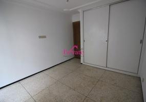 Location,Appartement 110 m² QUARTIER WILAYA,Tanger,Ref: LZ585 3 Bedrooms Bedrooms,1 BathroomBathrooms,Appartement,QUARTIER WILAYA,1922