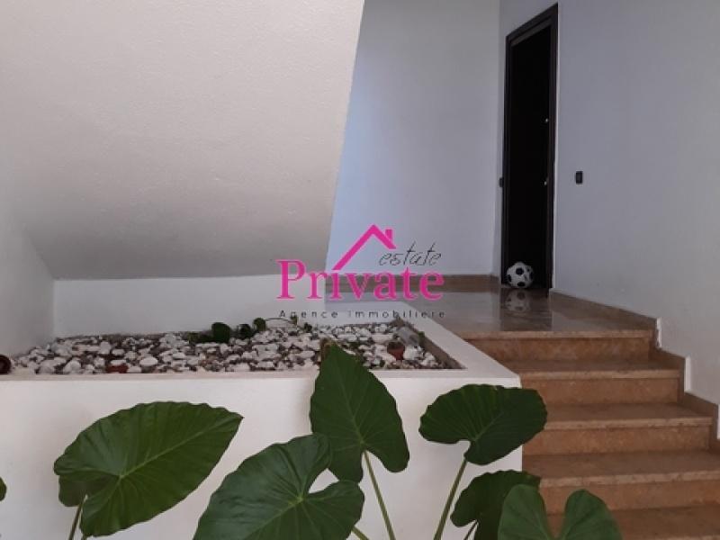 Location,Appartement 130 m² ECOLE DETROIT,Tanger,Ref: LA285 3 Bedrooms Bedrooms,2 BathroomsBathrooms,Appartement,ECOLE DETROIT,1293