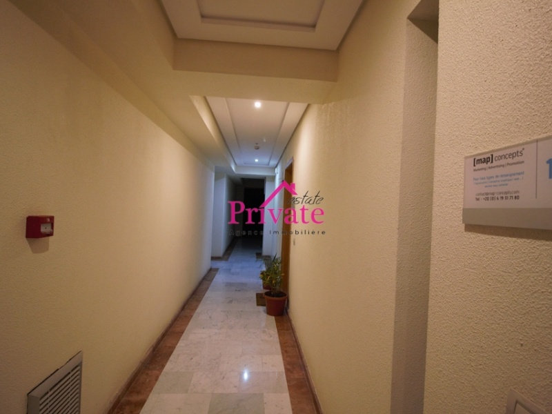 Location,Bureau 50 m² ,Tanger,Ref: LA343 1 Bedroom Bedrooms,1 Room Rooms,1 BathroomBathrooms,Bureau,1396