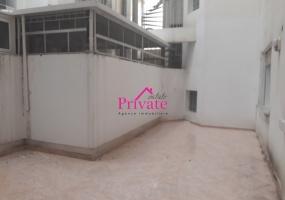 Location,Bureau 144 m² PLAYA,Tanger,Ref: LG345 3 Bedrooms Bedrooms,3 Rooms Rooms,2 BathroomsBathrooms,Bureau,PLAYA,1397