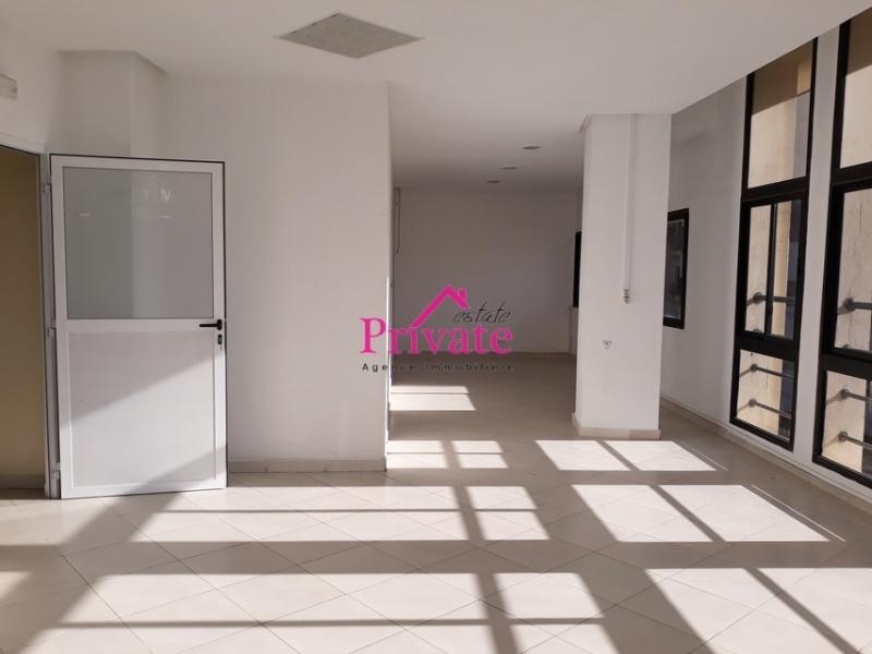 Location,Bureau 210 m² ,Tanger,Ref: LG346 4 Bedrooms Bedrooms,4 Rooms Rooms,1 BathroomBathrooms,Bureau,1398