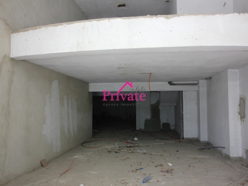 Location,Local commercial m² PLACE MOZART,Tanger,Ref: LZ415 ,Local commercial,PLACE MOZART,1522