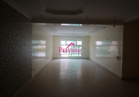 Vente,Appartement 245 m² AVENUE MOLAY YOUSSEF,Tanger,Ref: VZ202 3 Bedrooms Bedrooms,1 BathroomBathrooms,Appartement,AVENUE MOLAY YOUSSEF,1527