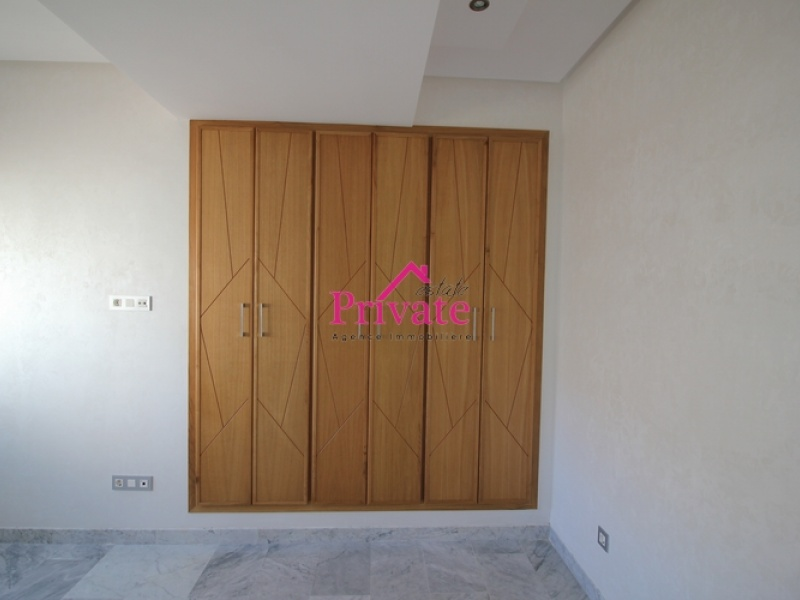 Location,Appartement 180 m² QUARTIER IBERIA,Tanger,Ref: LZ440 3 Bedrooms Bedrooms,2 BathroomsBathrooms,Appartement,QUARTIER IBERIA,1577